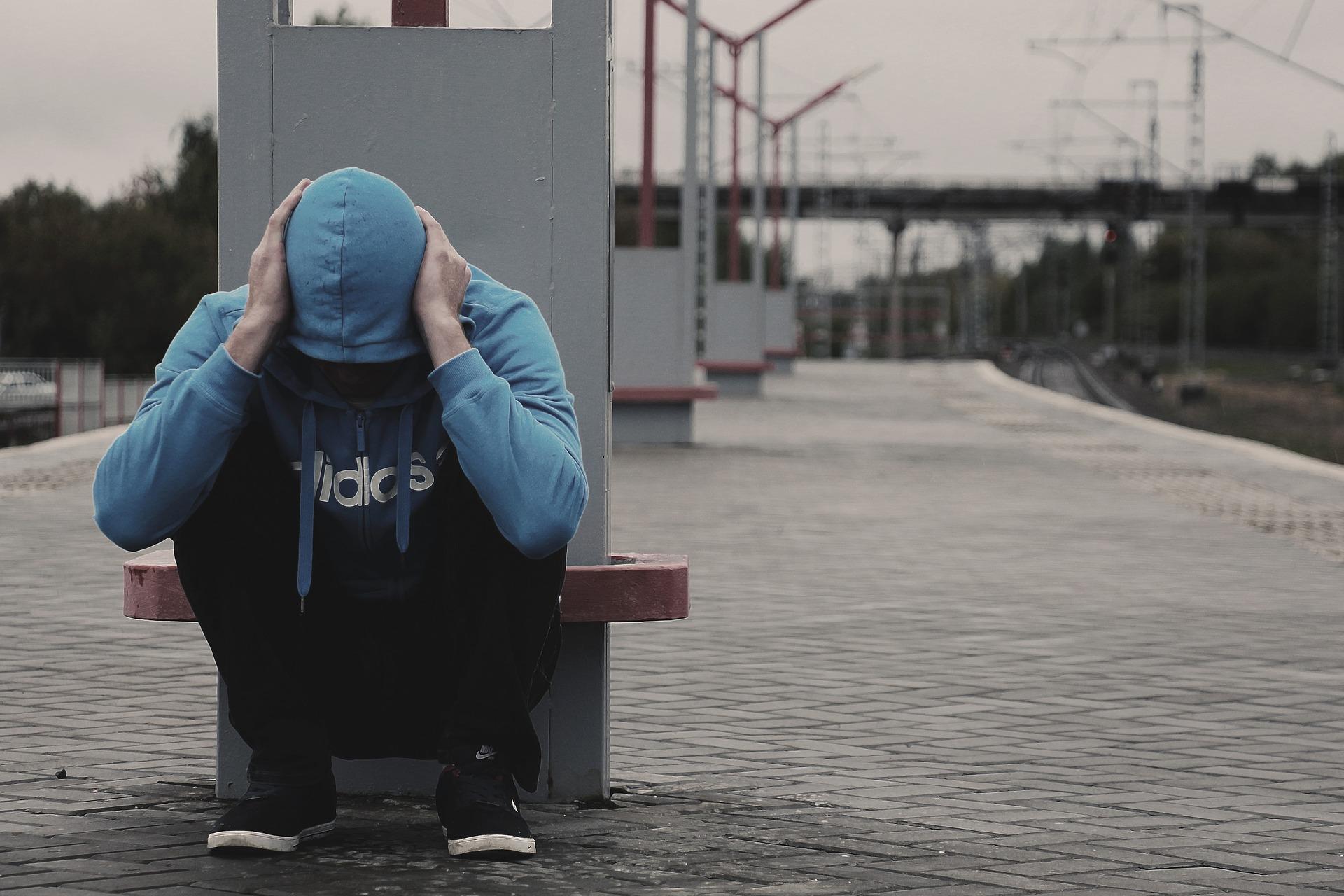 Įstrigus liūdesyje ir neviltyje: depresijos ypatumai ir gydymas